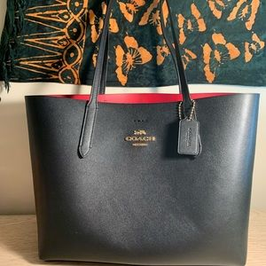 Black and red Avenue Tote- Coach NY